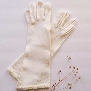 Vintage 1960s Beaded Bridal Gloves
